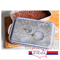 Cake Pan and Lid: Silver Ornaments