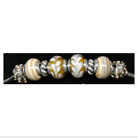 Charm Bead Bracelet: Gorgeous Gold